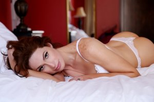 Aeline nuru massage in Covington